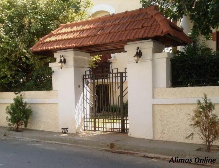 Μία όμορφη μονοκατοικία με ποδόμακτρο στο Καλαμάκι