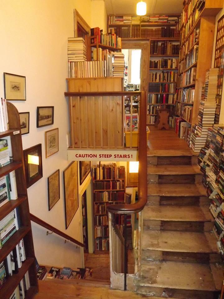 Εκποίηση βιβλίων του βιβλιοπωλείου «Εστία»