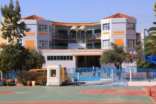 Bazaar της Γενναδείου Σχολής για την ενίσχυση του Συλλόγου «Φλόγα»