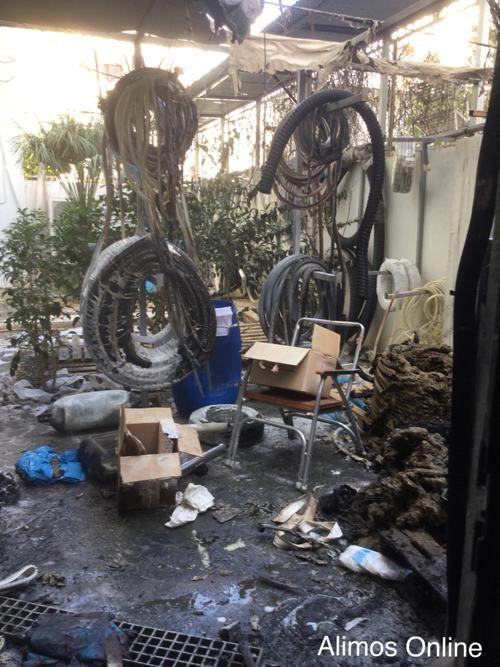 Πυρκαγιά εκδηλώθηκε χθες βράδυ σε κατάστημα στη Λεωφόρο Ποσειδώνος στον Άλιμο