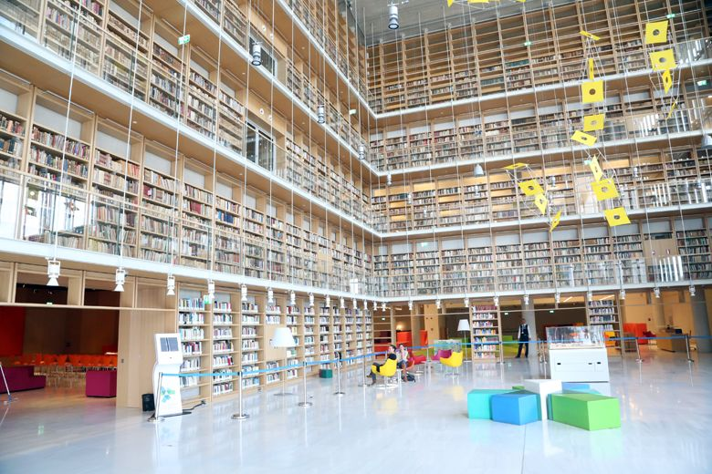 Στις 8 Απριλίου θα ολοκληρωθεί η εγκατάσταση της Εθνικής Βιβλιοθήκης στο Κέντρο Πολιτισμού Ίδρυμα Σταύρος Νιάρχος