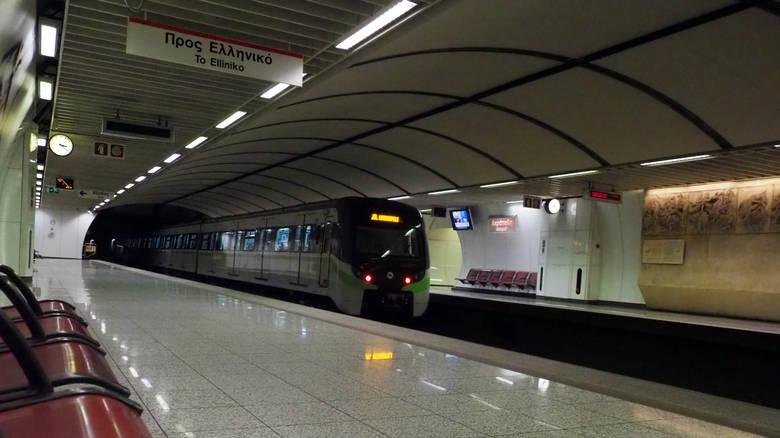 Νεκρός ο άνδρας που έπεσε στις ράγες του Μετρό στη Δάφνη
