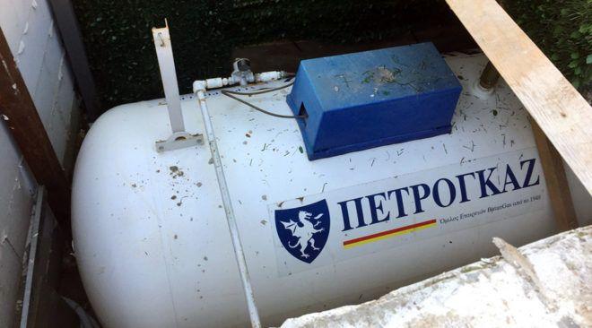 Βρέθηκε παράνομη δεξαμενή υγραερίου στον Λαιμό Βουλιαγμένης
