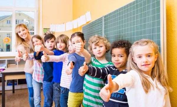 Πότε κλείνουν τα σχολεία για Πάσχα και πότε ανοίγουν ξανά