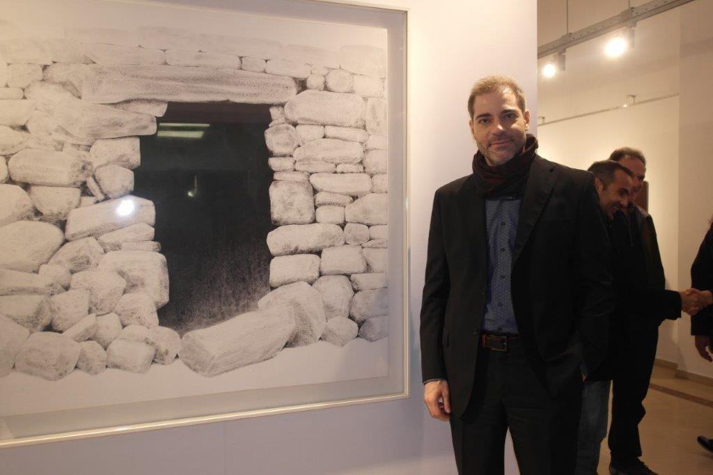 Ο Δήμος Αλίμου τιμά τον Αλέκο Φασιανό και τον Σωτήρη Σόρογκα – Η έκθεση «Τα Μυστικά των Εικόνων» πήρε κι άλλη παράταση