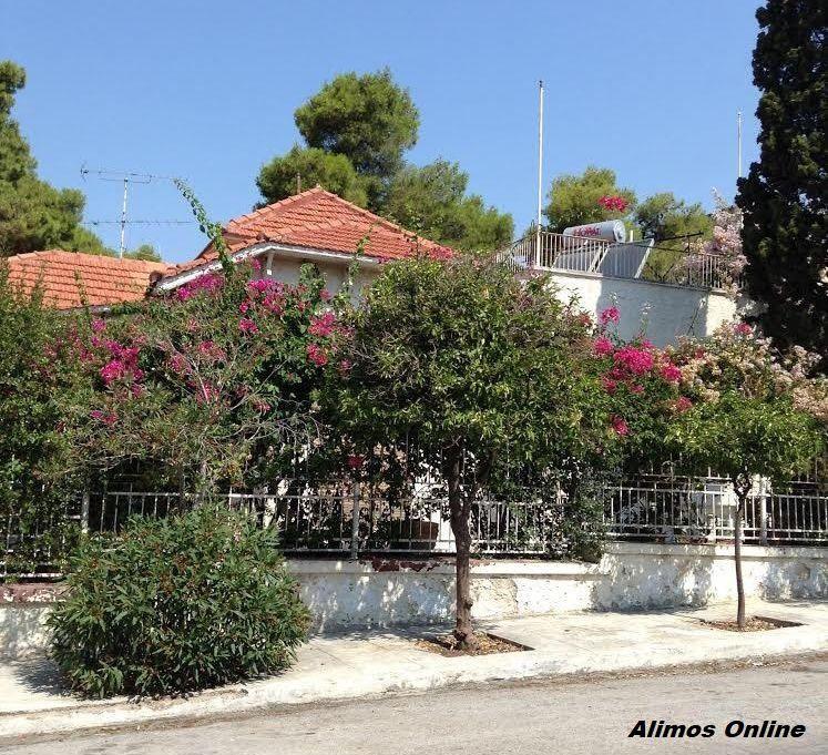 Παρελθόν η όμορφη μονοκατοικία στη γωνία Φιλελλήνων και Υψηλάντου