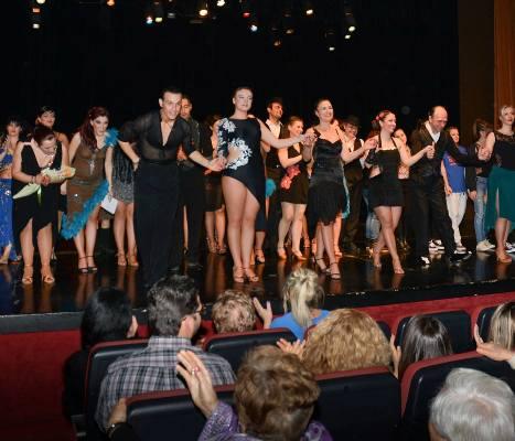 Χορευτική παράσταση «Μικροί και μεγάλοι εν δράση» στο «Κάρολος Κουν»