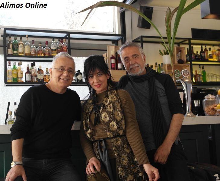 Τέτη Ρενέζη: Η μελωδική τραγουδίστρια και η συνεργασία της με τον Αλιμιώτη ποιητή Τάκη Τάγκαλο