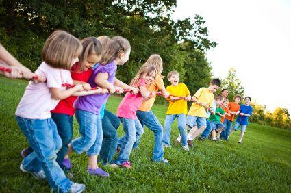 Ξεκίνησαν οι αιτήσεις για τις παιδικές κατασκηνώσεις του ΟΑΕΔ