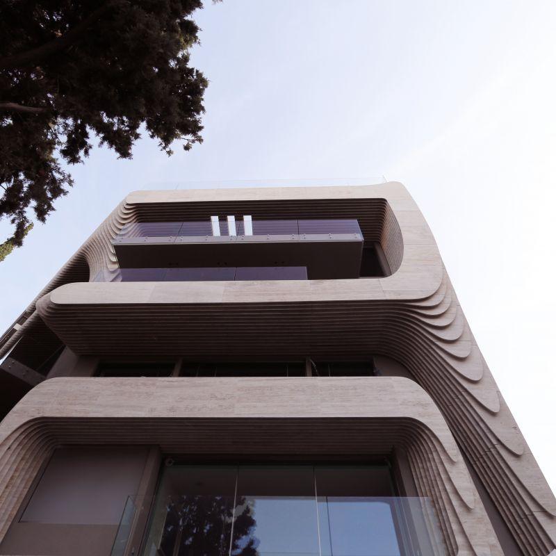 Ένας περίπατος στο Κολωνάκι – σε μία από τις αρχιτεκτονικά ενδιαφέρουσες συνοικίες της Αθήνας