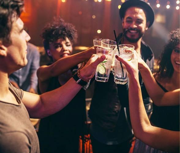 Ένα Pop-Up barμε κουβανέζικα cocktails έρχεται για τρεις ημέρες στα TGI Fridays της Μαρίνας Φλοίσβου