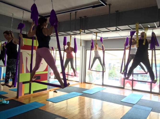 Aerial Yoga στο Hellenic Gym για να είσαι πάντα σε φόρμα