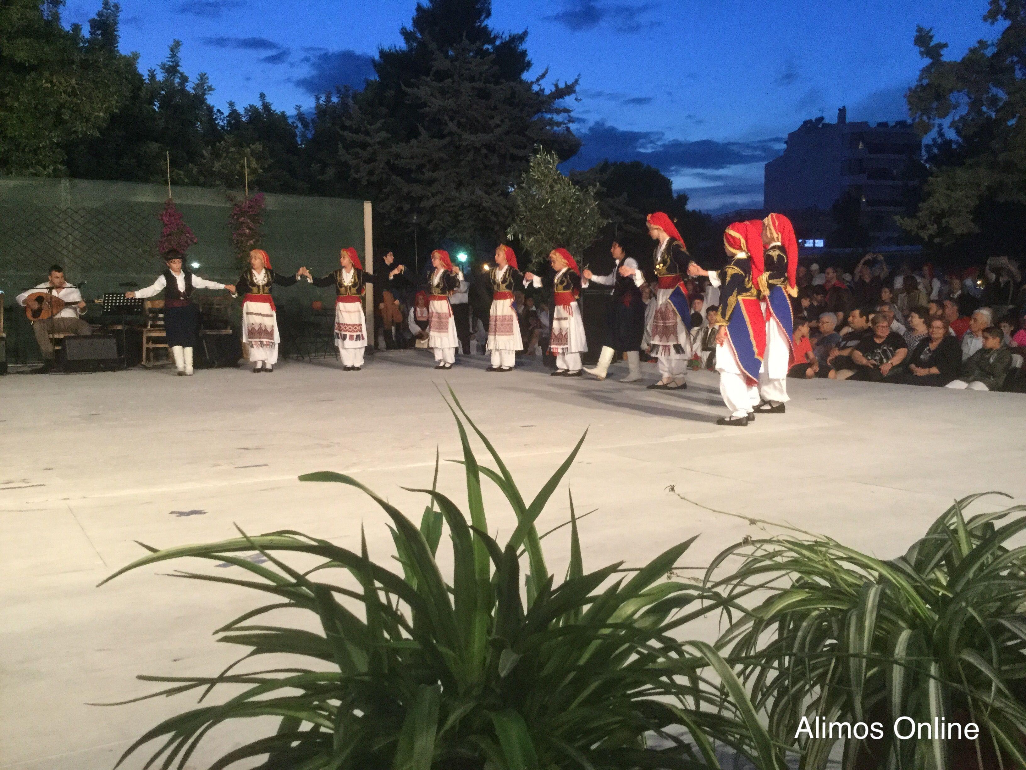 Για άλλη μια χρονιά, ο ΣΤΗΣΙΧΟΡΟΣ μας ταξίδεψε χορευτικά σε όλα τα μέρη της Ελλάδας