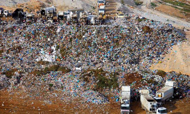 Ο ΕΔΣΝΑ απαντά στο πότε αναμένεται να λυθεί το θέμα με τα σκουπίδια