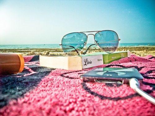 3+1 βιβλία να πάρεις μαζί σου στις διακοπές