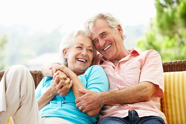 online dating με ηλικιωμένους ενήλικες