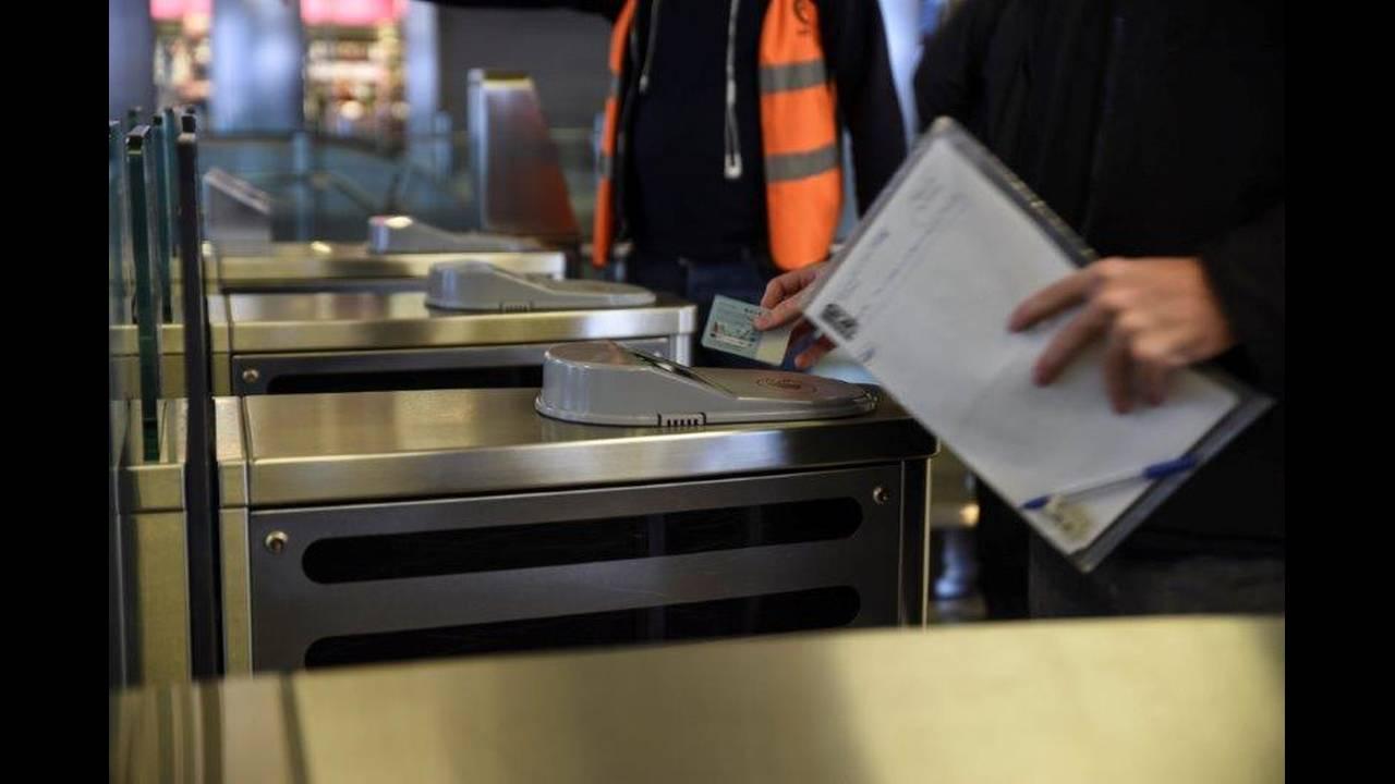 Ηλεκτρονικό εισιτήριο: Ποια τα πλεονεκτήματα των προσωποποιημένων καρτών