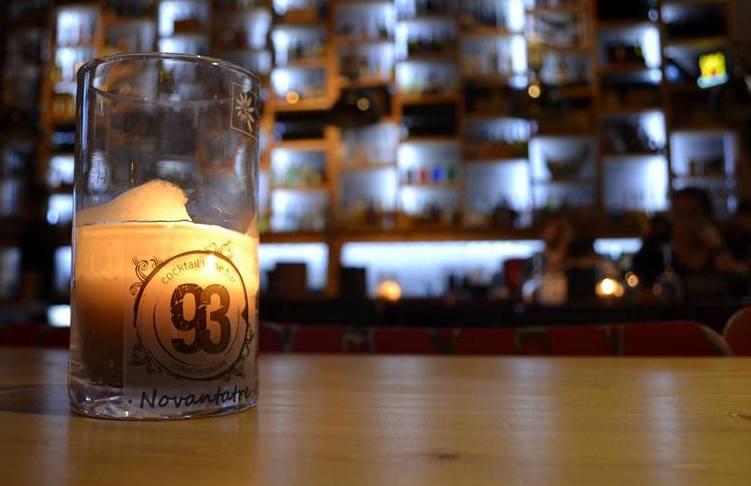 Το Novantatre 93 σας περιμένει απόψε σε μία βραδιά με live μουσική
