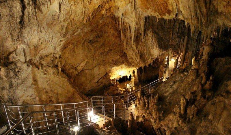 Εκδρομή στο Σπήλαιο της Παιανίας, με ειδική τιμή για τους Αλιμιώτες και τις Αλιμιώτισσες