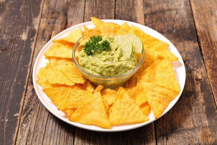 Στο Local's θα βρείς όλες τις γεύσεις των nachos «El Sabor» για να 'τσιμπολογάς' όσο βλέπεις Netflix