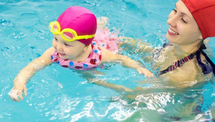 Baby Swimming στο Κολυμβητήριο Αλίμου