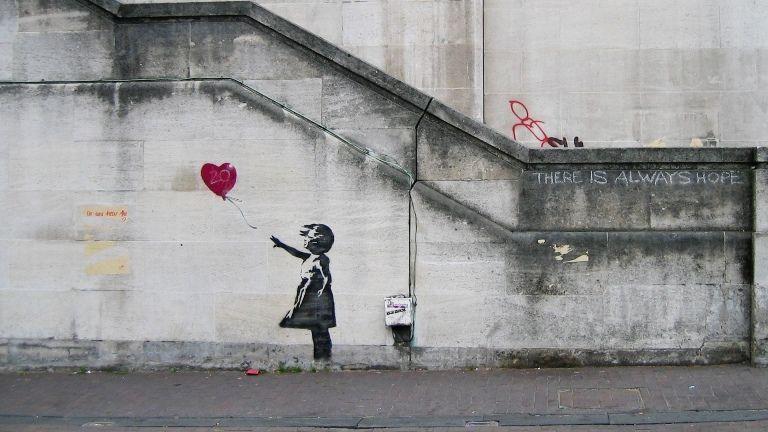 Έκθεση για τον Banksy στην Αθήνα, με σκοπό την ενίσχυση του έργου της «Διεθνούς Αμνηστίας»