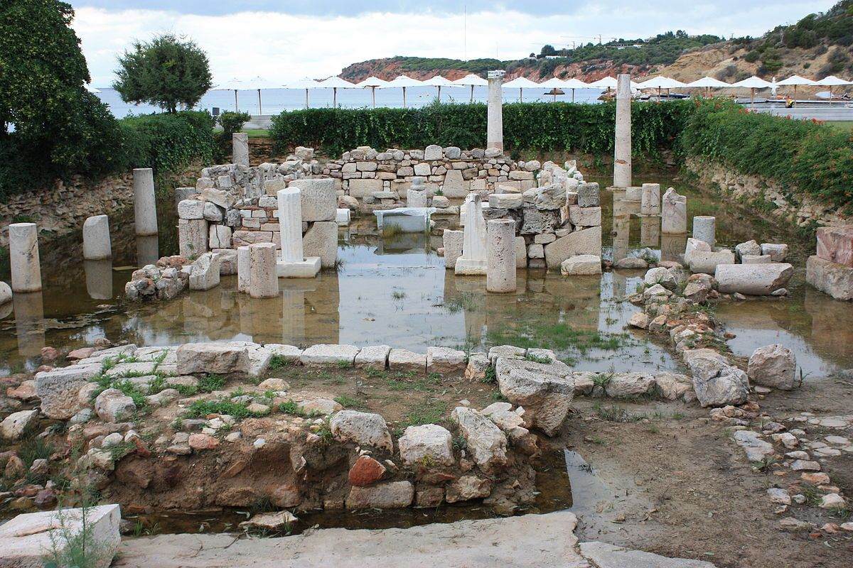 Περιήγηση στα ιστορικά μνημεία του Λαιμού και του Καβουρίου