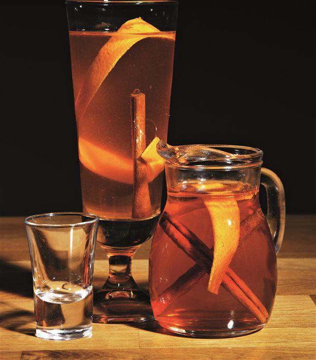 Guardian: Το ρακόμελο ανάμεσα στα καλύτερα ποτά για τον χειμώνα