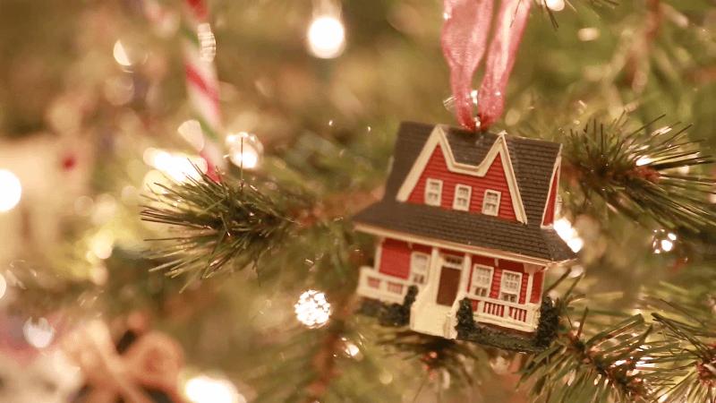 Πότε στολίστηκε το πρώτο χριστουγεννιάτικο δέντρο σε σπίτι της Αθήνας