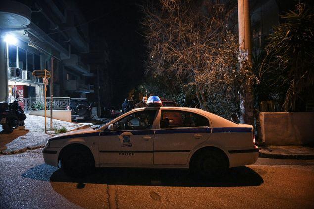 Άγιος Δημήτριος: Άνδρας άρχισε να πυροβολεί σε διαμέρισμα – Σε εξέλιξη οι διαπραγματεύσεις