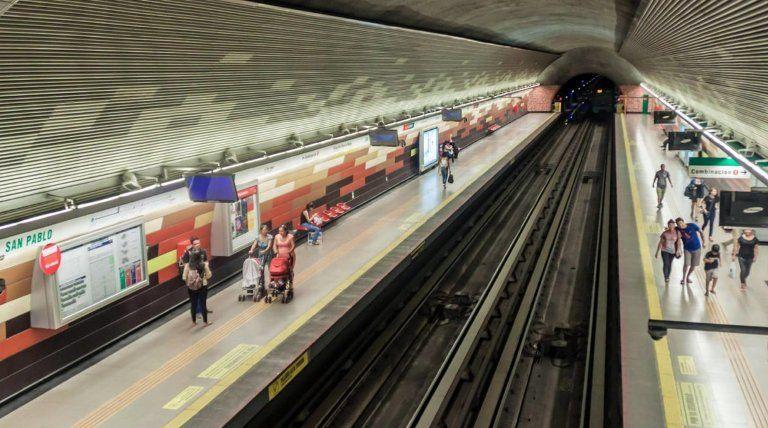 H χώρα που έχει στάση μετρό «Ελλάδα» και πλατεία με το όνομα «Αθήνα»