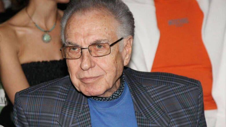 «Έφυγε» ο ηθοποιός Τρύφων Καρατζάς