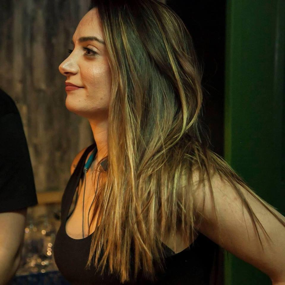 Η Ελεάνα Κρεούζη μας μιλά για το μυστικό της επιτυχίας της O' Canto Pub