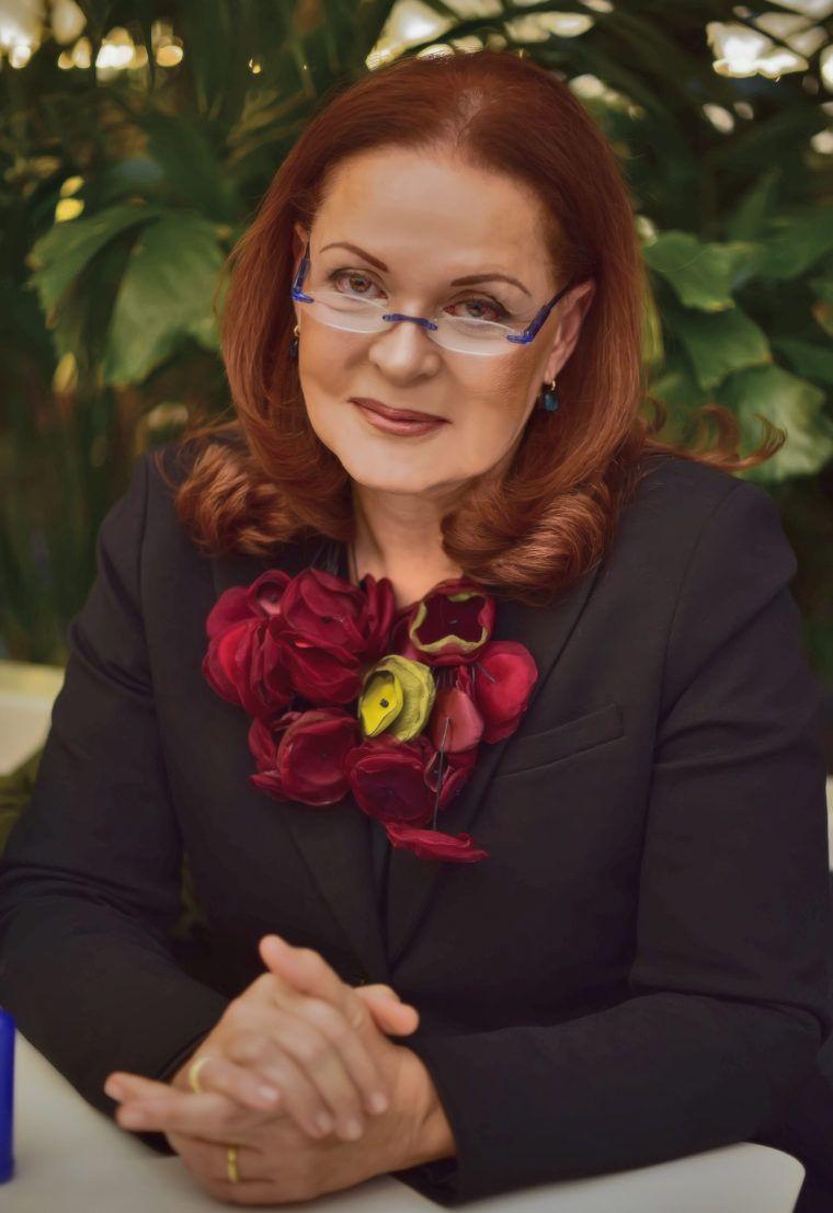 Σήμερα η πρώτη συνάντηση με τη Φιλομήλα Λαπατά στο Ανοιχτό Πανεπιστήμιο Αλίμου