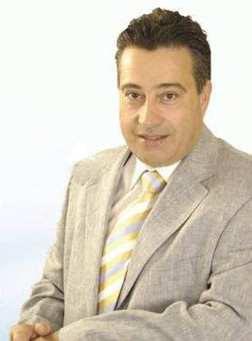 O Γιώργος Παναγουλόπουλος ανακοίνωσε επίσημα την υποψηφιότητά του για Δήμαρχος Αλίμου