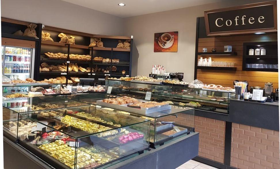 Il Greco: Η καθημερινή σας συνήθεια για ψωμί, καφέ, γλυκό