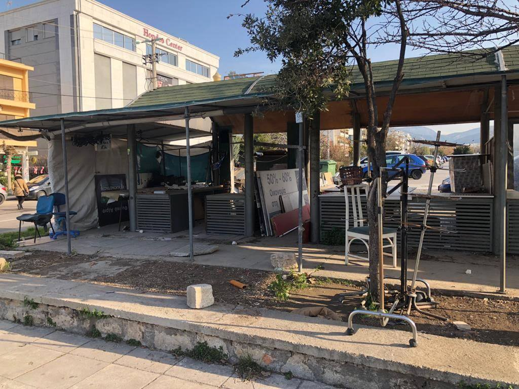 Γλυφάδα: Απομακρύνθηκαν οι μικροπωλητές που βρίσκονταν στο κέντρο της πόλης