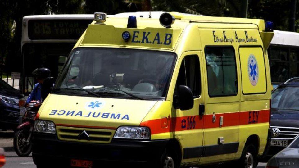 Ηλιούπολη: Τροχαίο ατύχημα στη Λ. Βουλιαγμένης