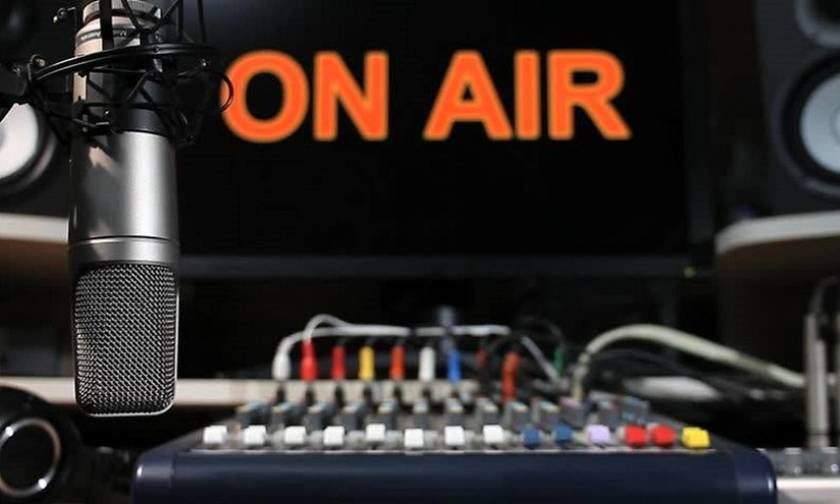 Το Alimos Web Radio γιορτάζει την Παγκόσμια Ημέρα Ποίησης