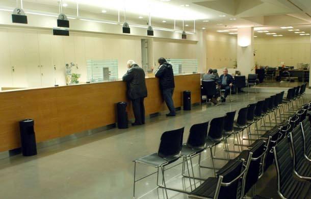 Αλλάζει το ωράριο στις τράπεζες – Οι νέες ώρες εξυπηρέτησης του κοινού