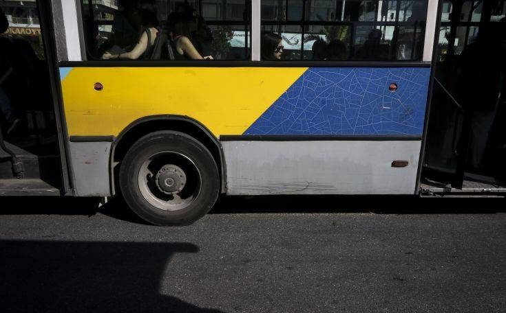 Πυροβολισμοί με αεροβόλο σε λεωφορείο τη νύχτα