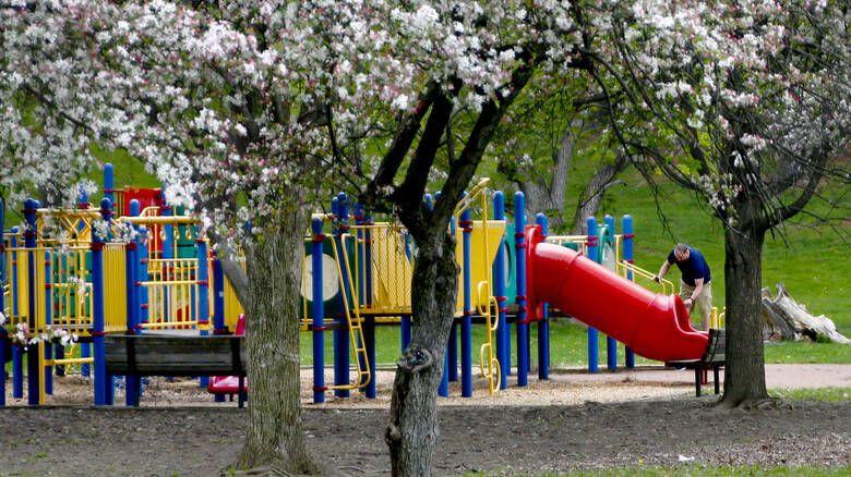 Παιδικές κατασκηνώσεις ΟΑΕΔ: Ποιοι οι δικαιούχοι - Μέχρι πότε μπορείτε να κάνετε αίτηση
