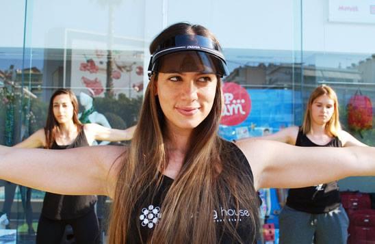 Ανοιχτό μάθημα Pilates με τη Μάντη Περσάκη στο Shopping House