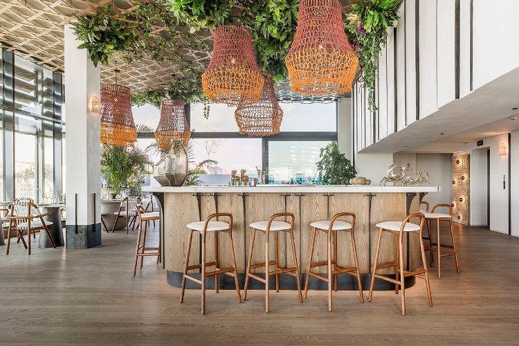 «Grand by Interni», το νέο εστιατόριο στο rooftop του Grand Hyatt Athens