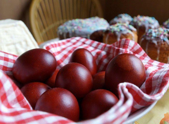 Πόσες ημέρες διατηρούνται τα κόκκινα αυγά μετά το Πάσχα