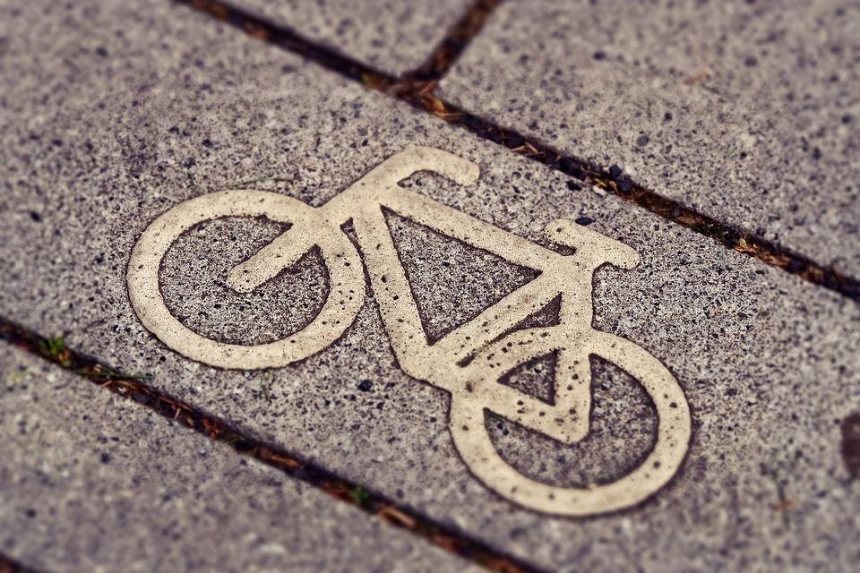 Ένας ποδηλατοδρόμος 40 χιλιομέτρων ετοιμάζεται στην Αθηναϊκή Ριβιέρα