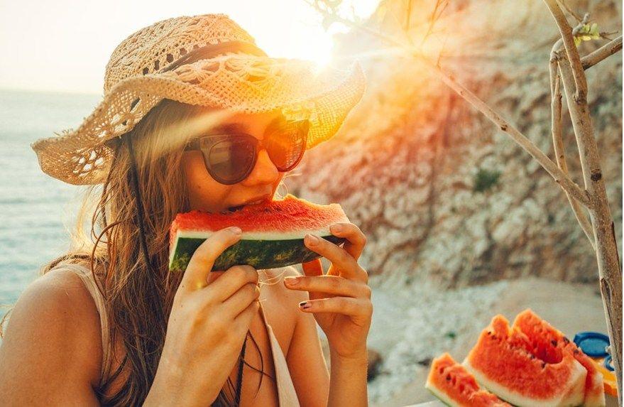 Η ανακοίνωση του ΕΦΕΤ σχετικά με την ασφαλή κατανάλωση τροφίμων κατά τους καλοκαιρινούς μήνες