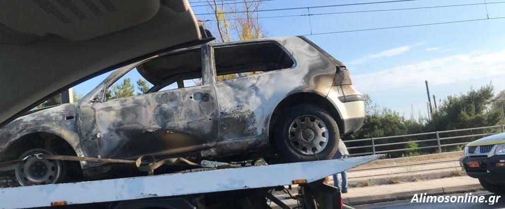 Φωτιά σε όχημα στη Λ. Ποσειδώνος