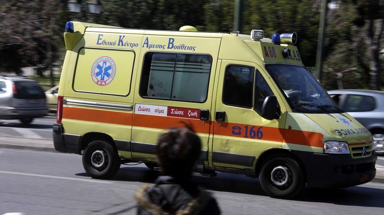 Σοβαρό τροχαίο στην Ποσειδώνος: Σοβαρά τραυματισμένος ο 19χρονος γιος γνωστού εφοπλιστή