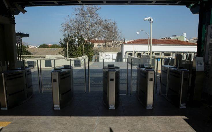 Βλάβες λόγω ζέστης στα εκδοτήρια εισιτηρίων του ΟΑΣΑ
